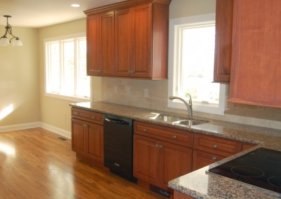 Cherry wood kitchen remodeling for a clean, classic and welcoming look