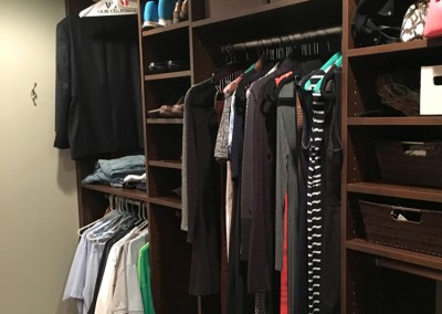 The walk-in closet fits clothes, shoes, and more. Thanks Daryle!